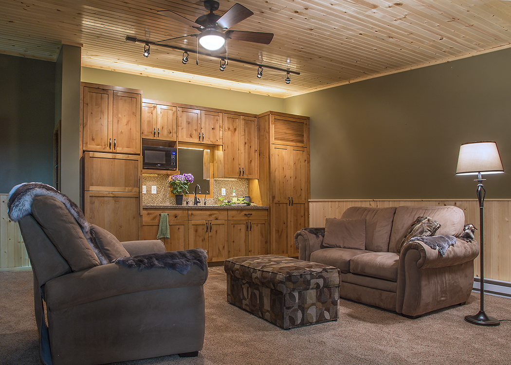 Bobs-Garage-Living-Area-LoRez - Copy
